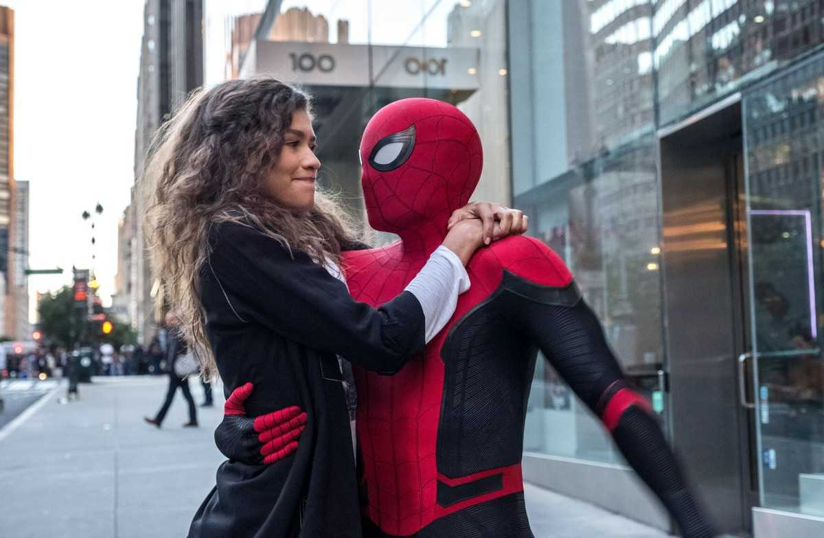 Spider-Man (Tom Holland) with MJ (Zendaya) in Spider-Man: Far from Home (2019)