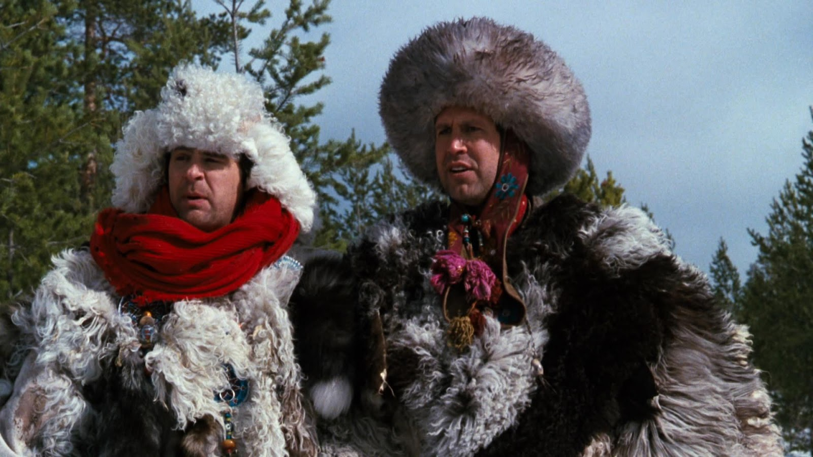 Bumbling CIA agents (l to r) Dan Aykroyd and Chevy Chase in Spies Like Us (1985)