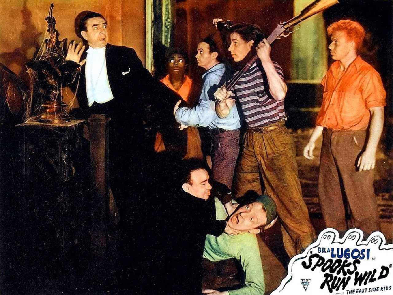Bela Lugosi, Sunshine Sammy Morrison, Leo Gorcey, Bobby Jordan, Donald Haines, Angelo Rossitto and Huntz Hall in Spooks Run Wild (1941)