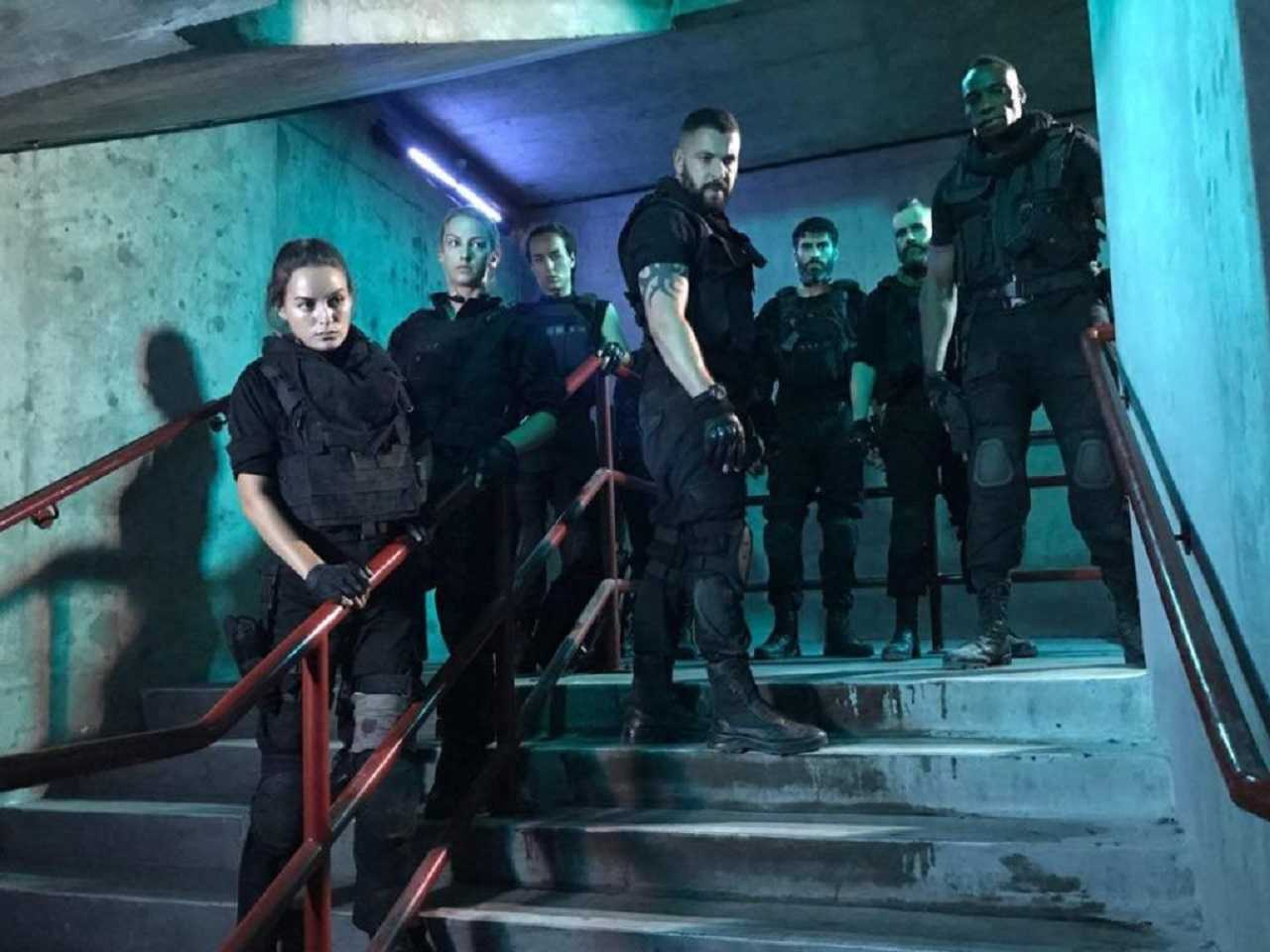 Unit of soldiers - Sophie Austin, Alana Wallace, Samantha Schnitzler, Shayne Ward, Toby Osmond, Spencer Collings and Bentley Kalu in Stairs (2019)