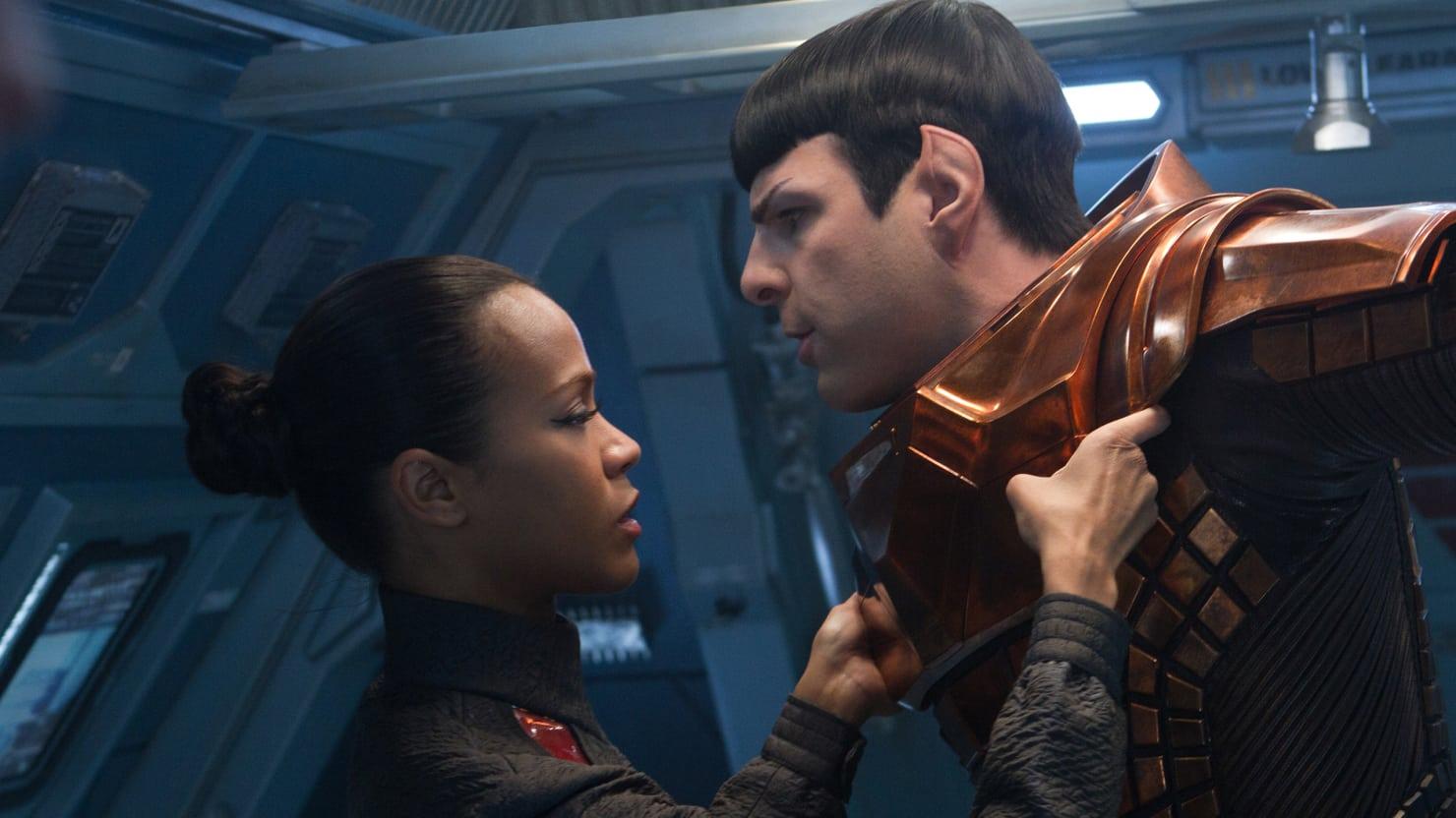 Uhura (Zoe Saldana) and Spock (Zachary Quinto) in Star Trek Into Darkness (2013)