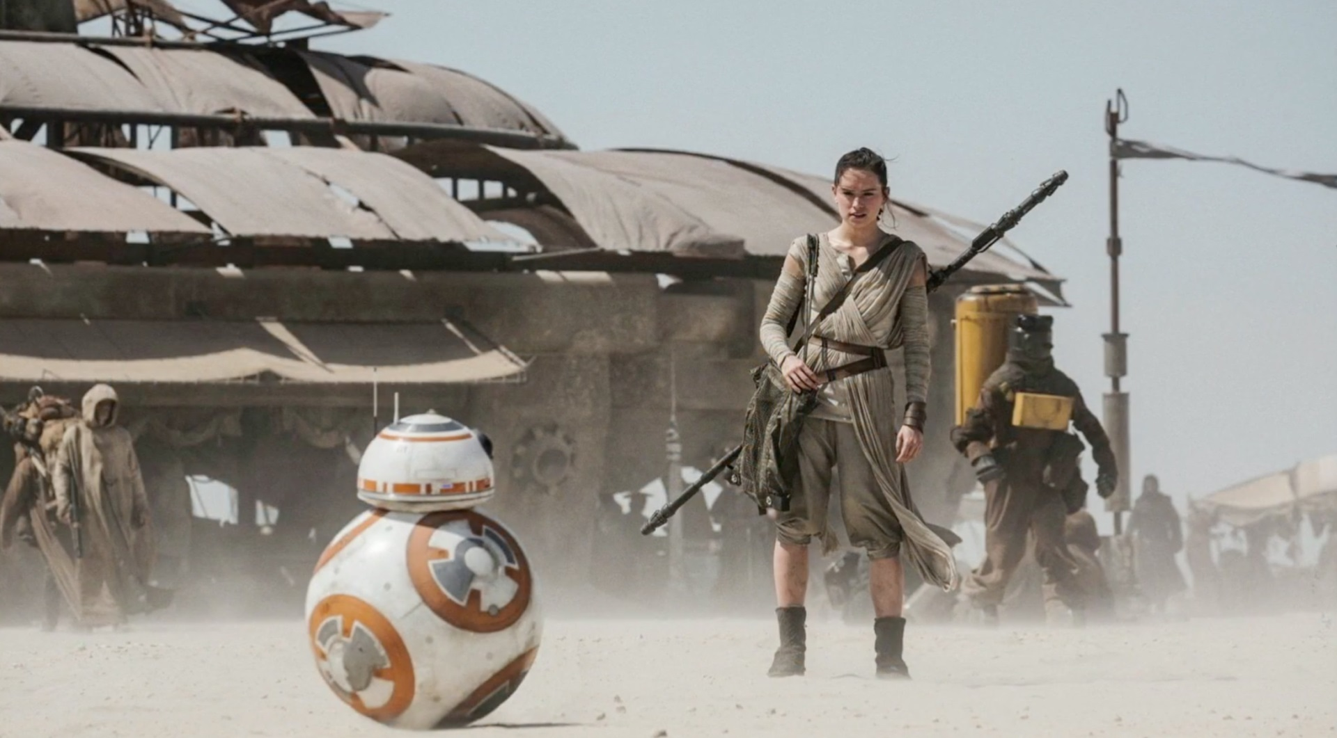 Daisy Ridley as Rey with BB8 in Star Wars Episode VII The Force Awakens (2015)