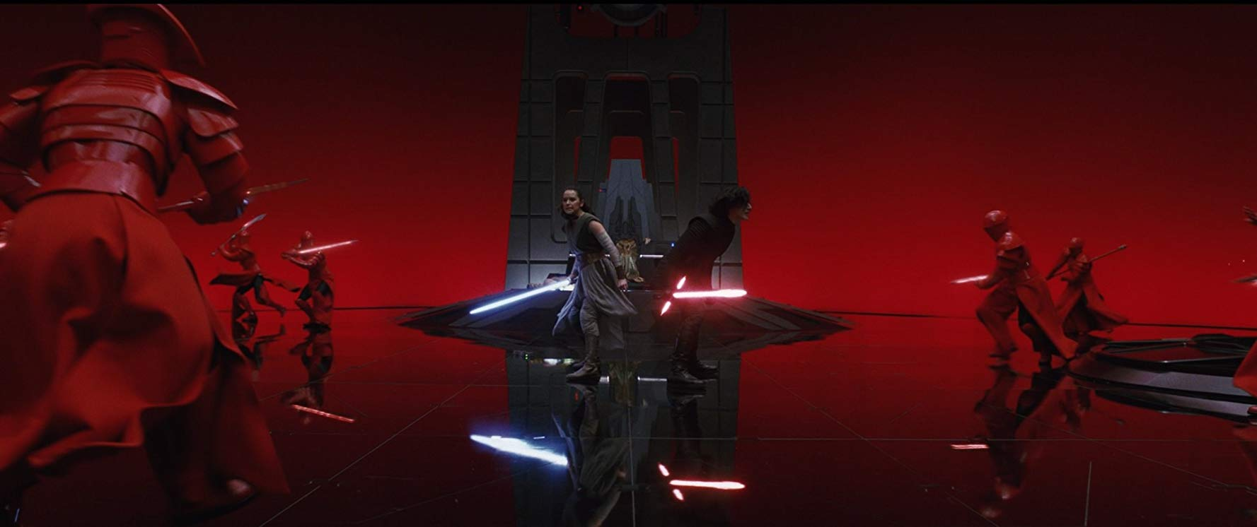 Rey (Daisy Ridley) and Kylo Ren (Adam Driver) in the lightsabre battle in Snoke's throne room in Star Wars: Episode VIII: The Last Jedi (2017)