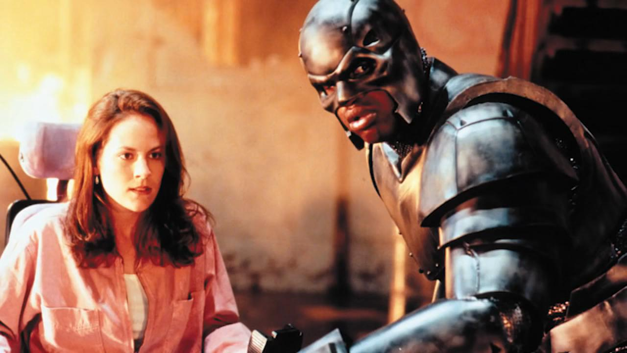 Sparky Sparks (Annabeth Gish) and Steel (Shaquille O'Neal) in Steel (1997)