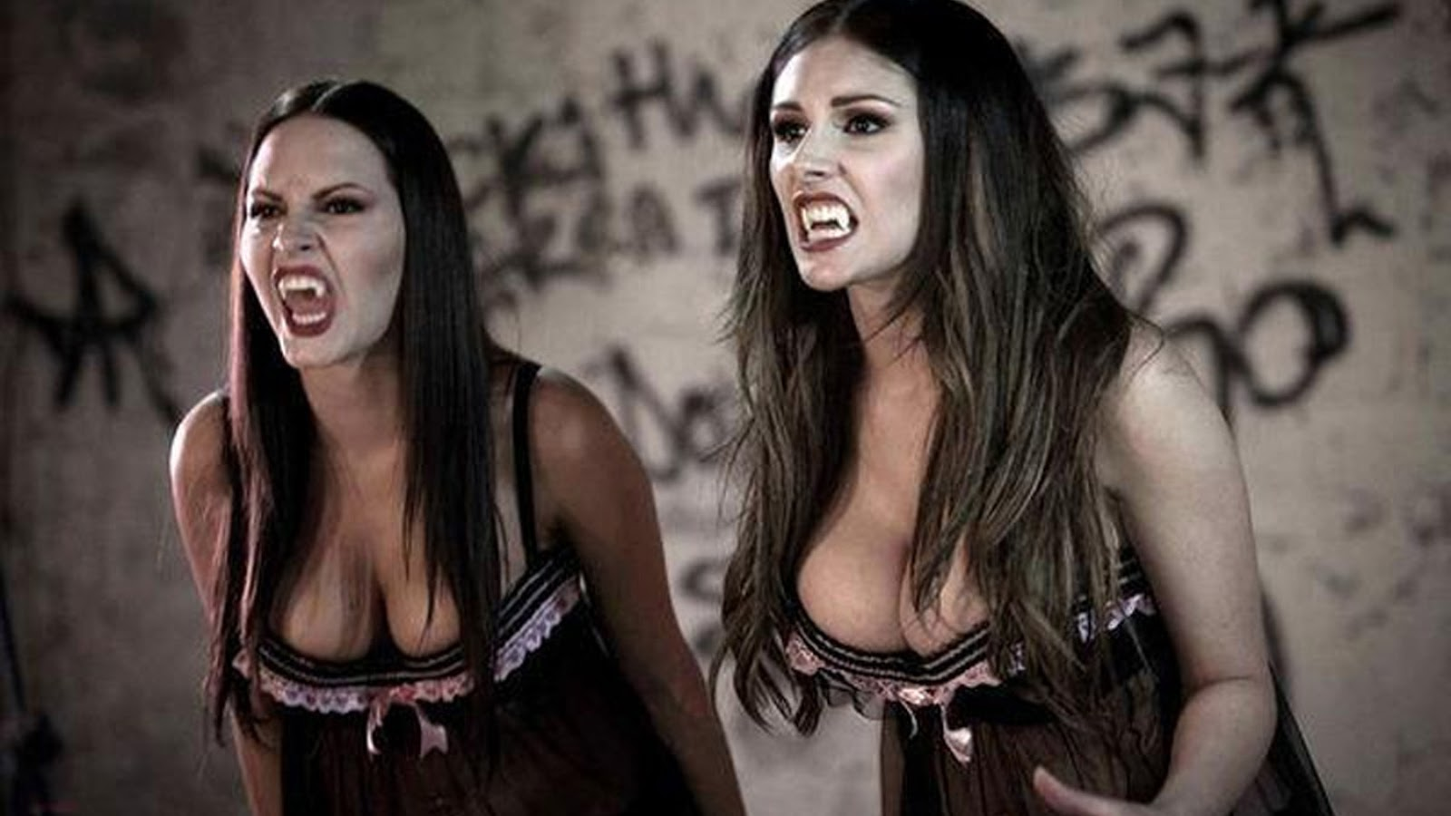 Werewolf strippers in Strippers vs. Werewolves (2012)