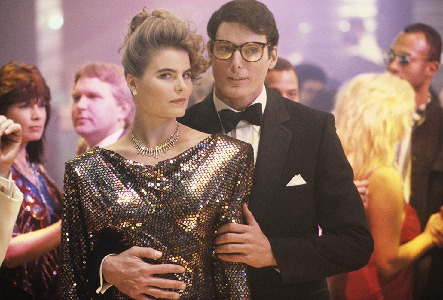 Clark Kent (Christopher Reeve) with new love interest Lacy Warfield (Mariel Hemingway) in Superman IV The Quest for Peace (1987)