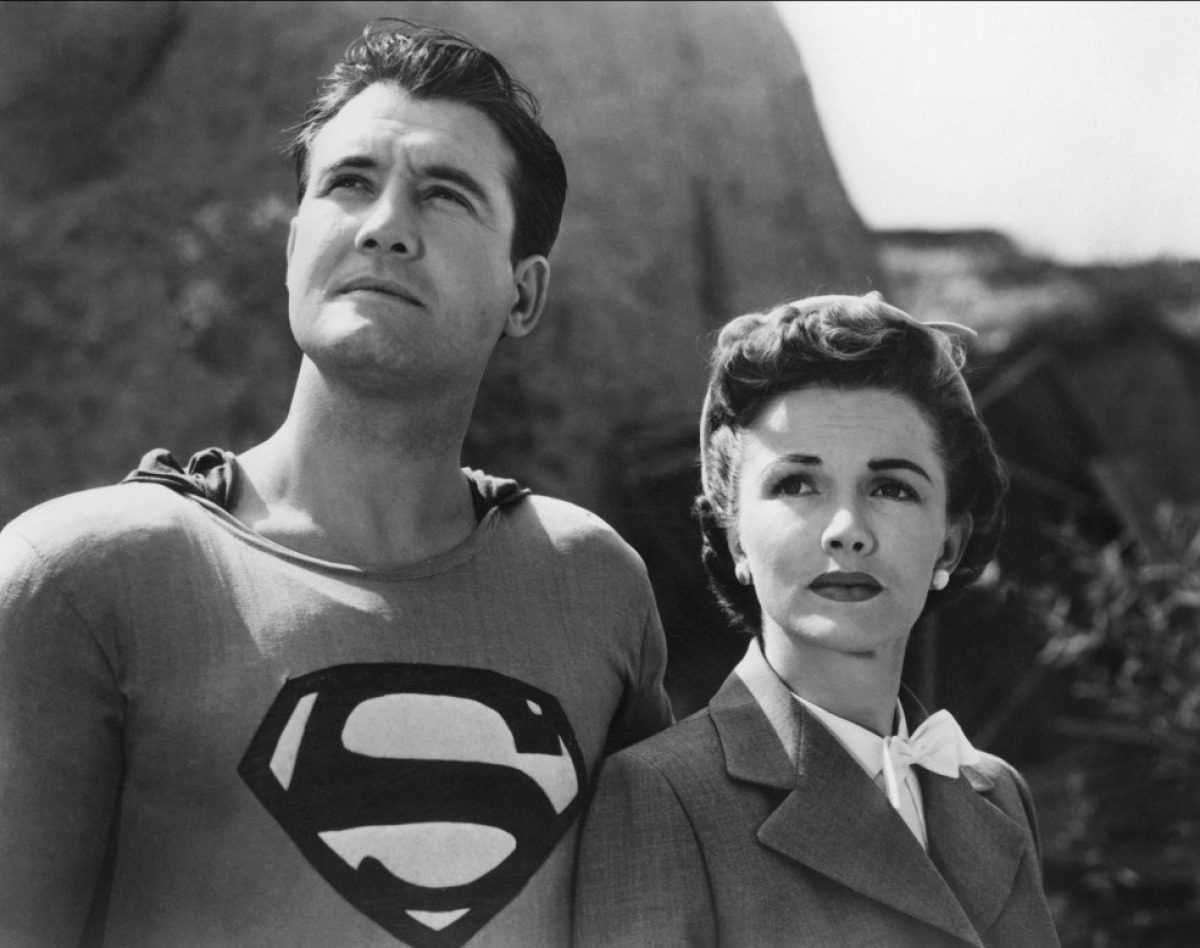 Superman (George Reeves) and Lois Lane (Phyllis Coates) in Superman and the Mole-Men (1951)