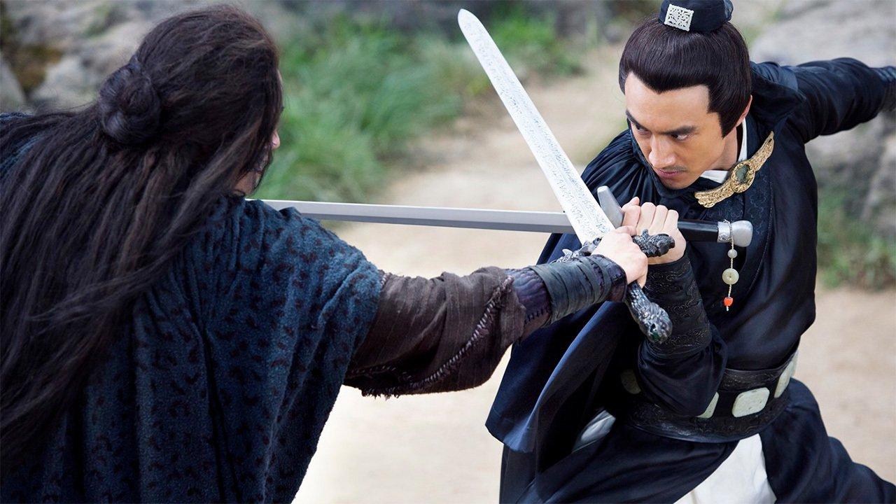 Peter Ho and Lin Gengxin in combat in Sword Master (2016)