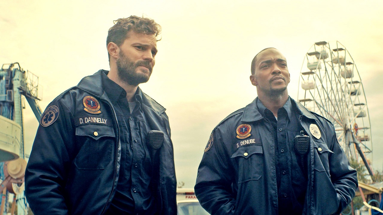 (l to r) Jamie Dornan and Anthony Mackie in Synchronic (2019)