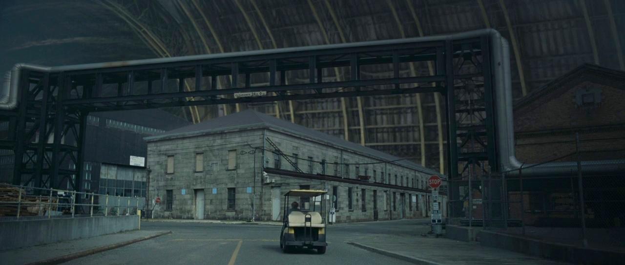 The vast theatre project in Synecdoche, New York (2008)