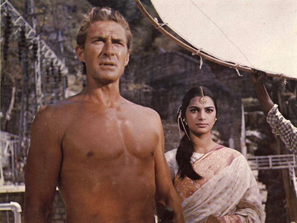 Tarzan (Jock Mahoney) with Princess Kamara (Simi) in Tarzan Goes to India (1962)
