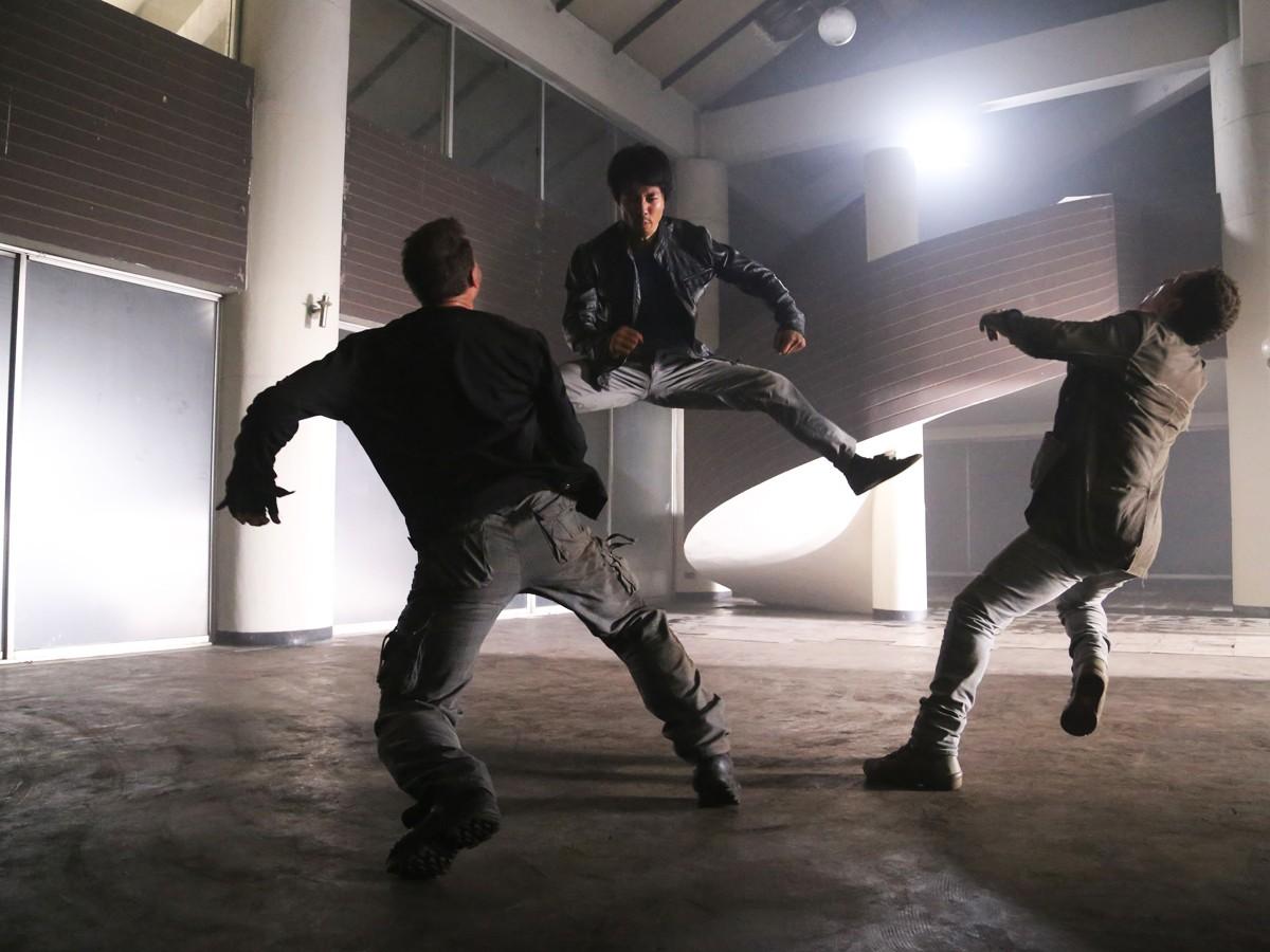 Kane Kosugi (c) in action in Tekken: A Man Called X (2014)