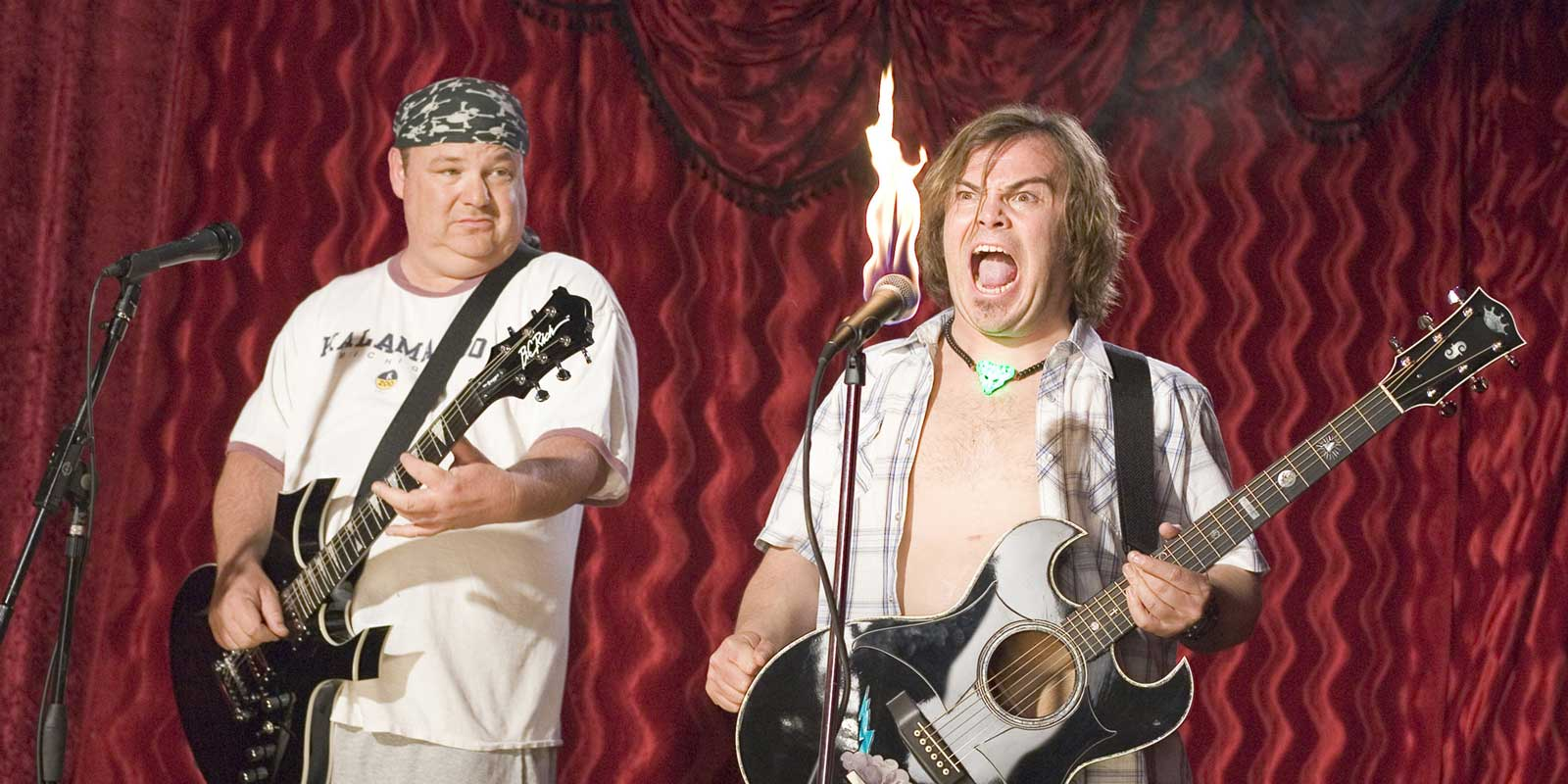 Tenacious D - (l to r) Kyle Gass and Jack Black in Tenacious D and the Pick of Destiny (2006)