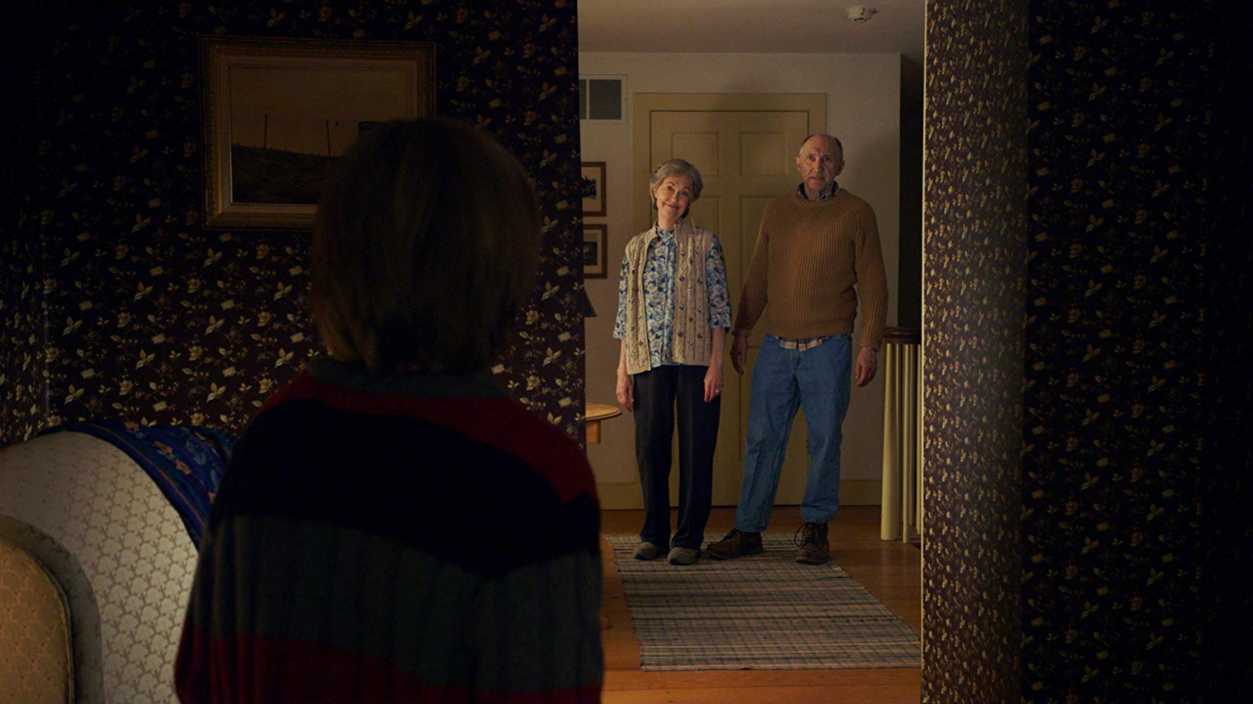 Disturbed grandparents - Deanna Dunagan and Peter McRobbie in The Visit (2015)
