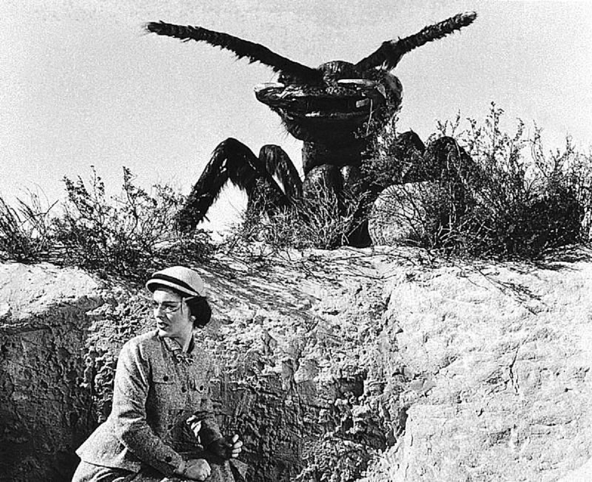 Joan Weldon and giant ant in Them! (1954)