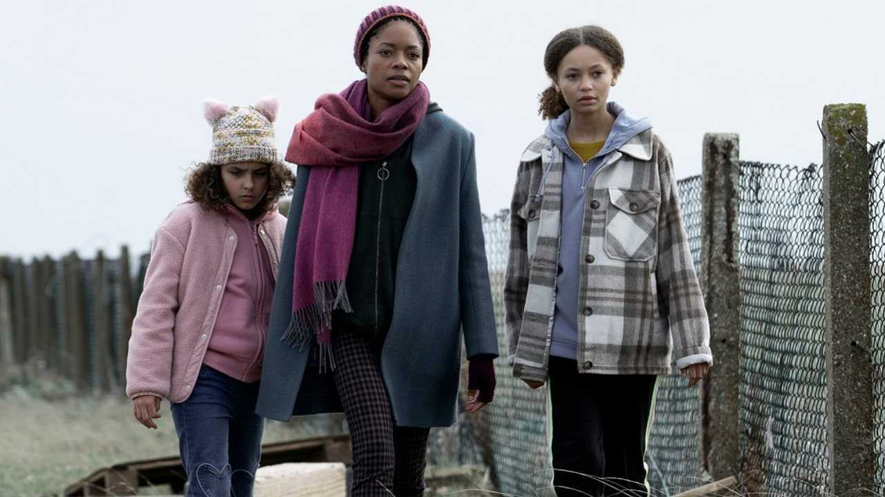 Naomie Harris and daughters Charlotte Gardner-Mihell and Nico Parker in The Third Day (2020)