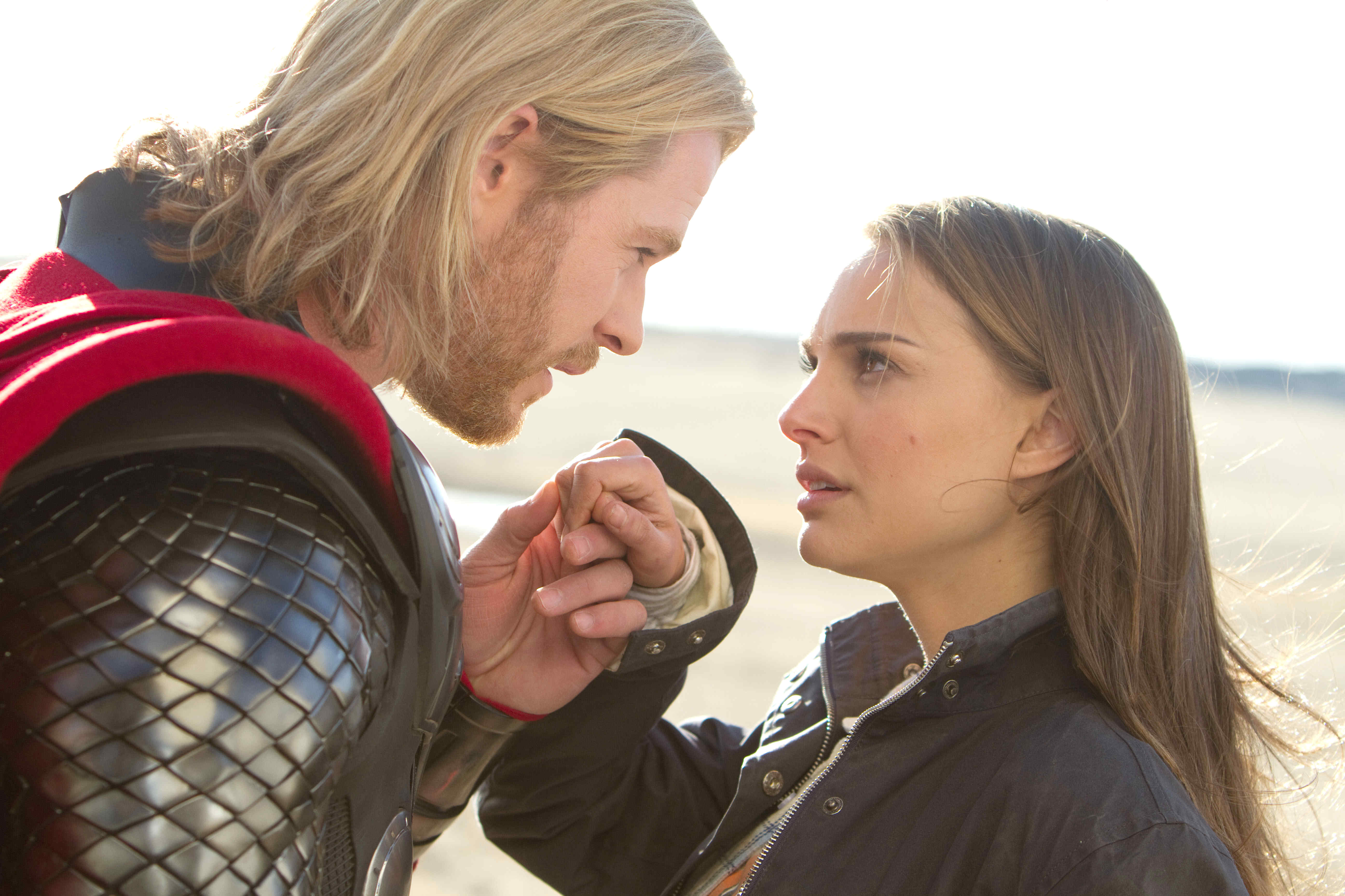 Thor (Chris Hemsworth) and Jane Foster (Natalie Portman) in Thor (2011)