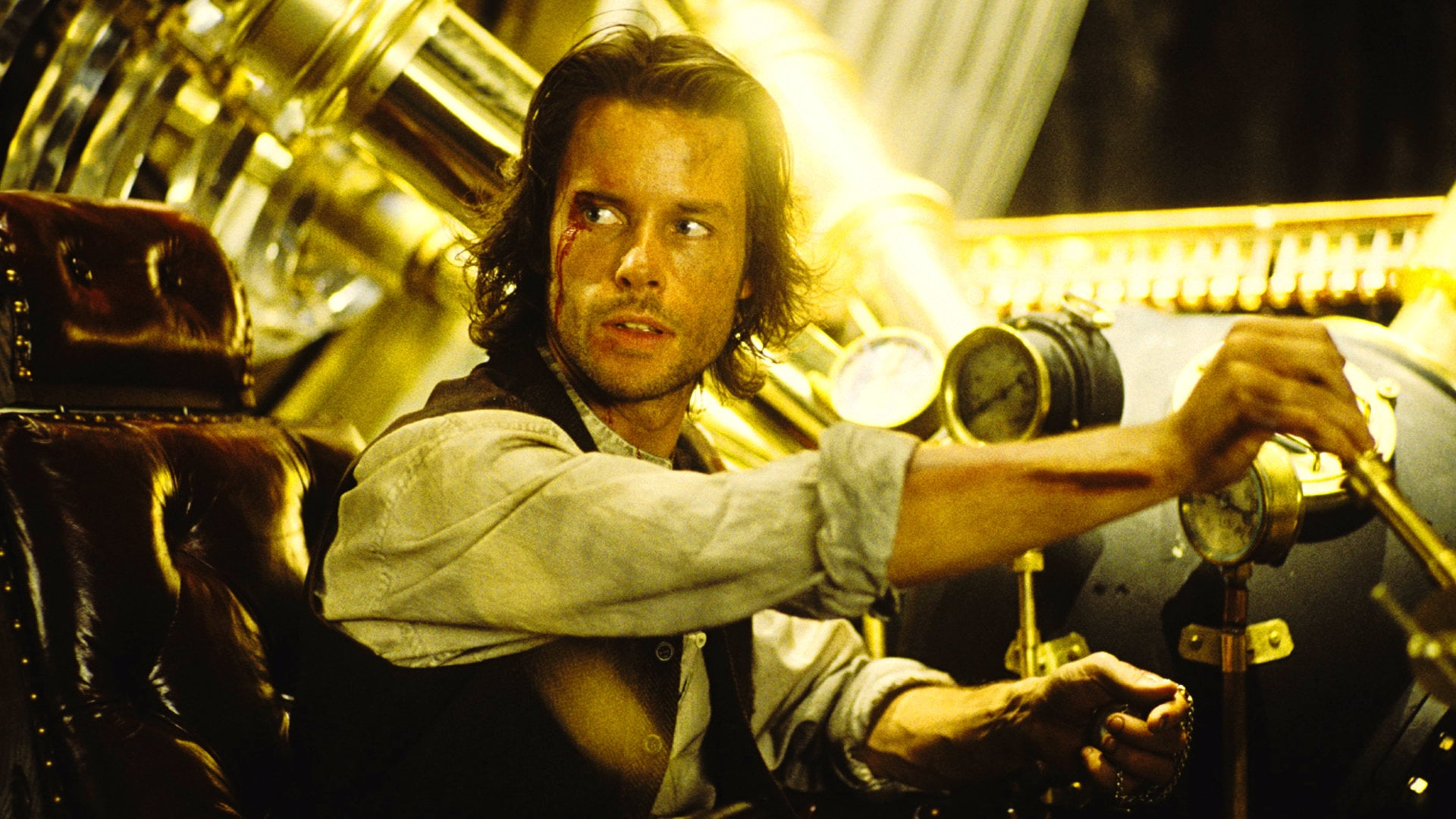 Guy Pearce as Dr Alexander Hartdegen at the controls of in The Time Machine (2002)