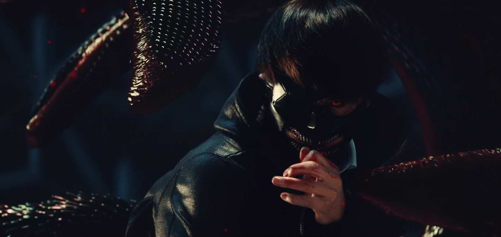 Ken Kaneki (Masataka Kubota) transformed into a ghoul in Tokyo Ghoul (2017)
