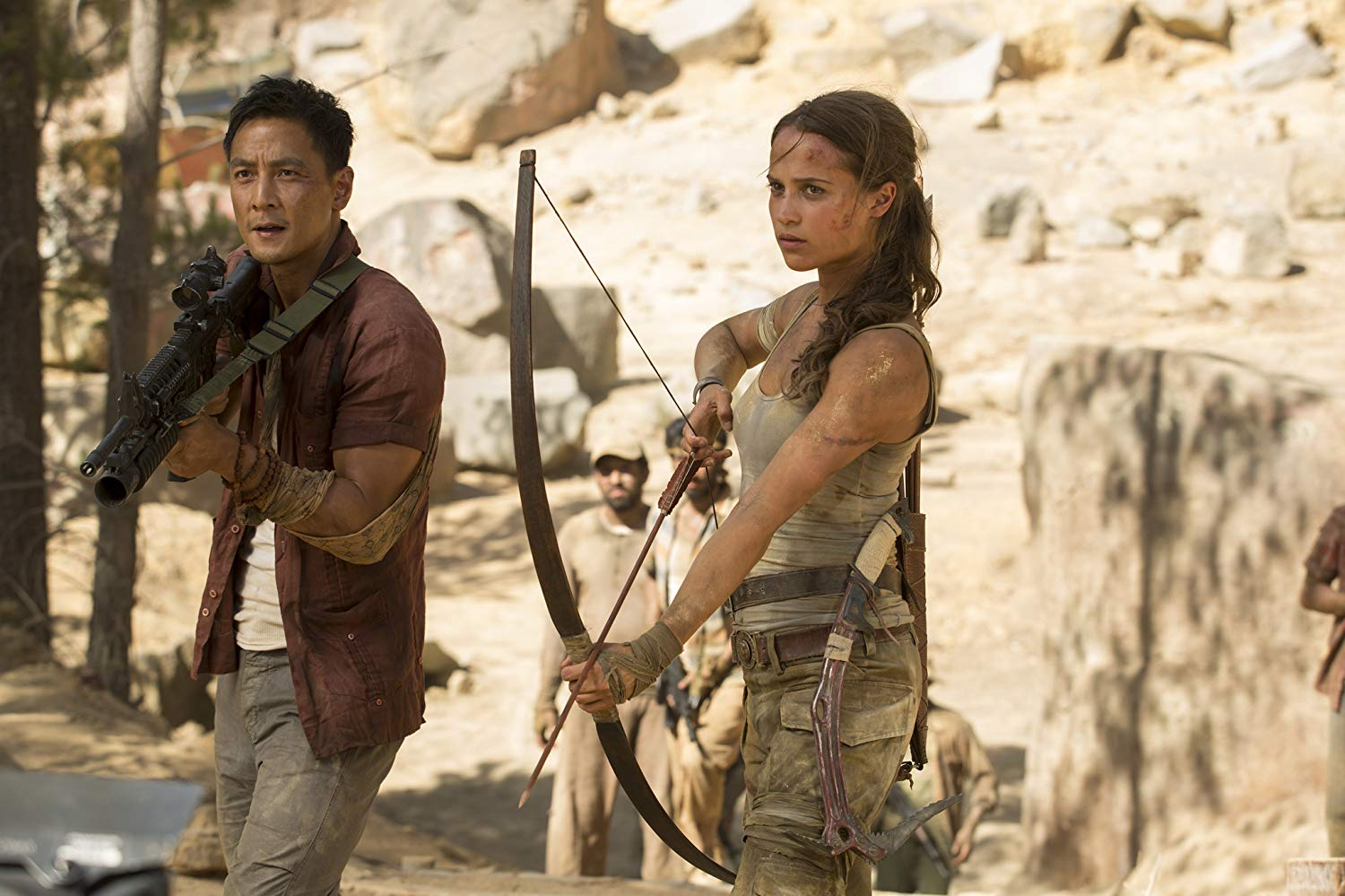 Daniel Wu, Alicia Vikander in Tomb Raider (2018)