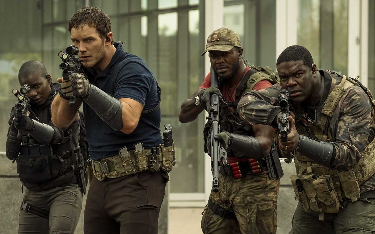 Chris Pratt leads a team of soldiers in The Tomorrow War (2021)