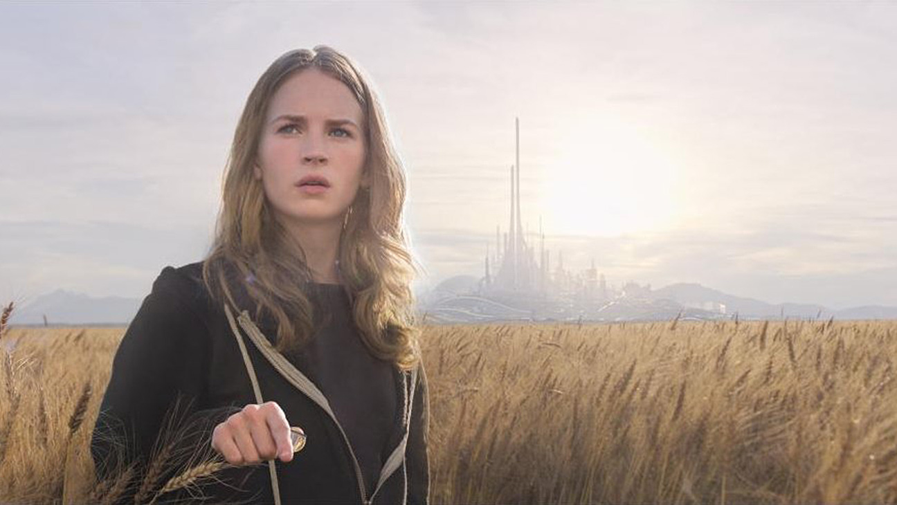 Britt Robertson receives a vision of Tomorrowland (2015)
