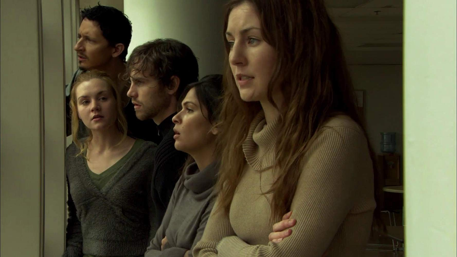 The survivors - (l to r) Zack Robidas, Rachel Miner, Rider Strong, Alexandra Barreto and Nicole DuPort in Tooth and Nail (2007)