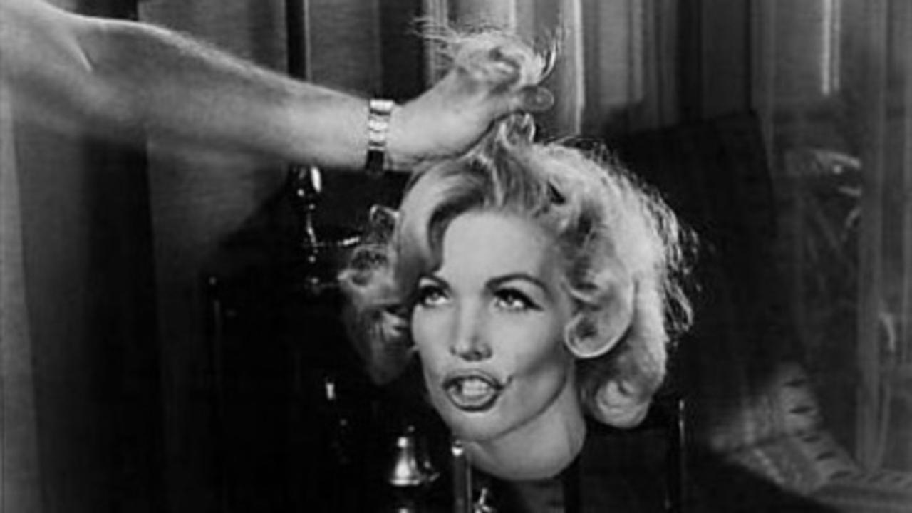 Juli Reding's taunting severed head in Tormented (1960)
