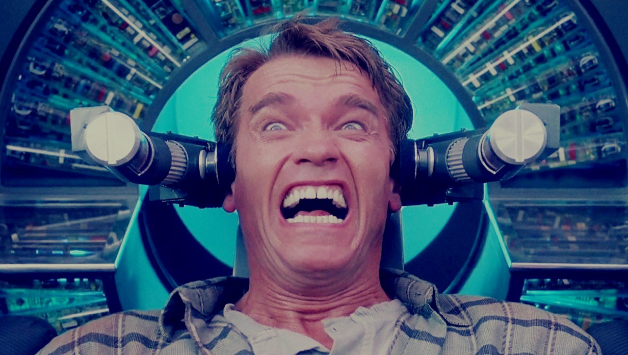Arnold Schwarzenegger undergoes the implantation of synthetic memories at Rekall Inc in Total Recall (1990)