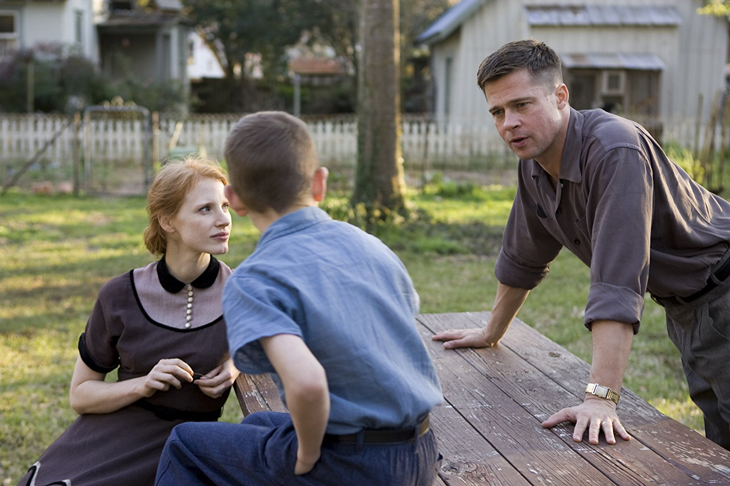 Mother Jessica Chastain, Laramie Eppler, father Brad Pitt in The Tree of Life (2011)