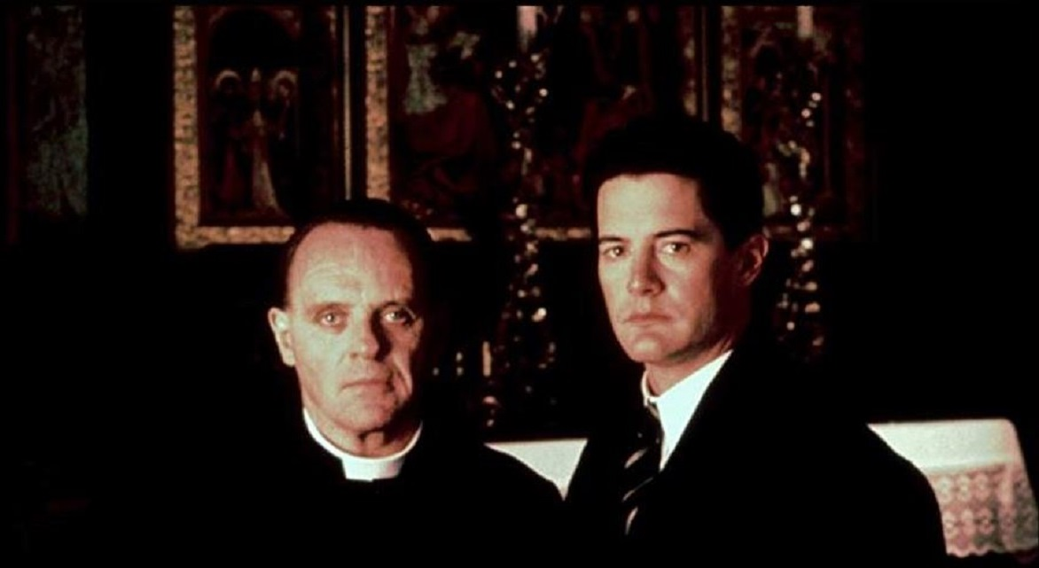 (l to r) The Advocate (Anthony Hopkins) and Josef K (Kyle MacLachlan) in The Trial (1993)