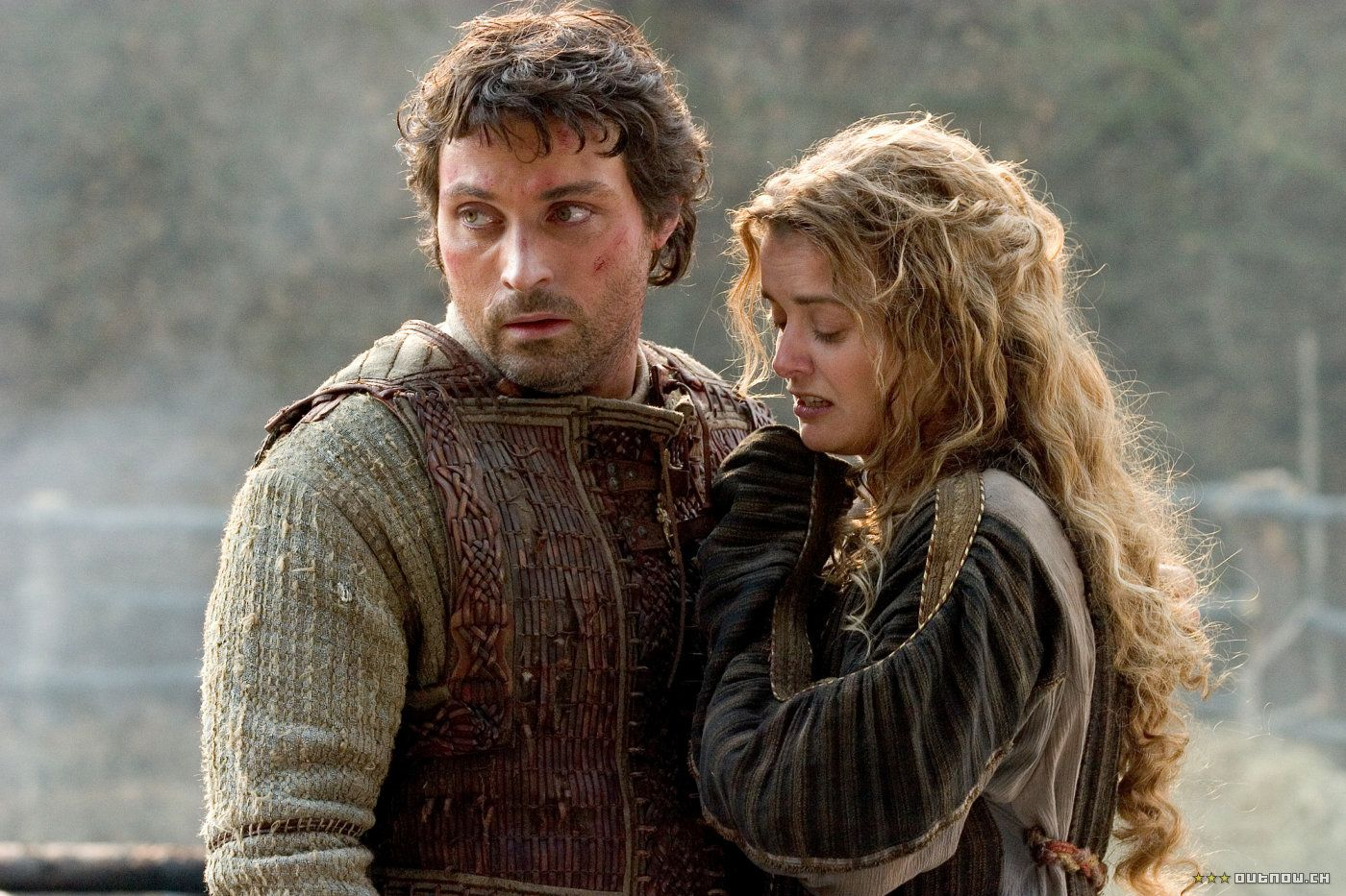 Marke (Rufus Sewell) and his betrothed wife Isolde (Sophia Myles) in Tristan + Isolde (2006) poster