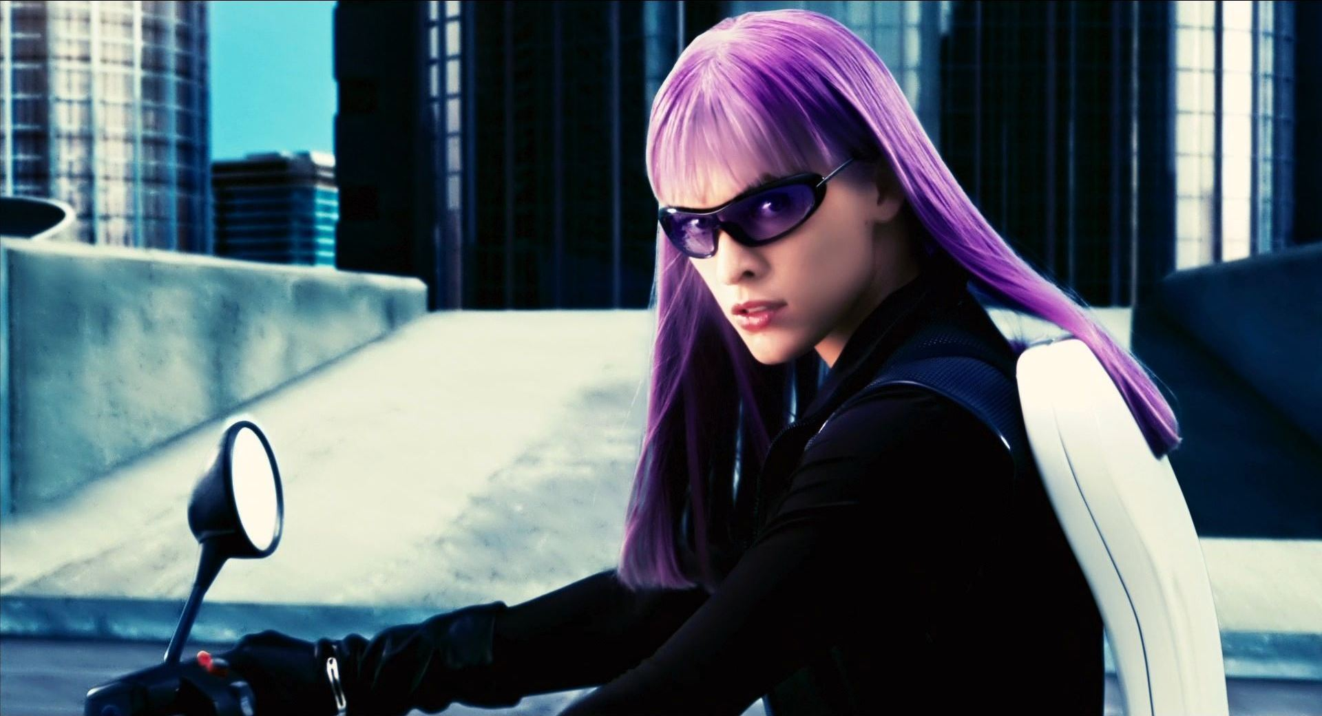 Violet (Milla Jovovich) on motorcycle in Ultraviolet (2006)