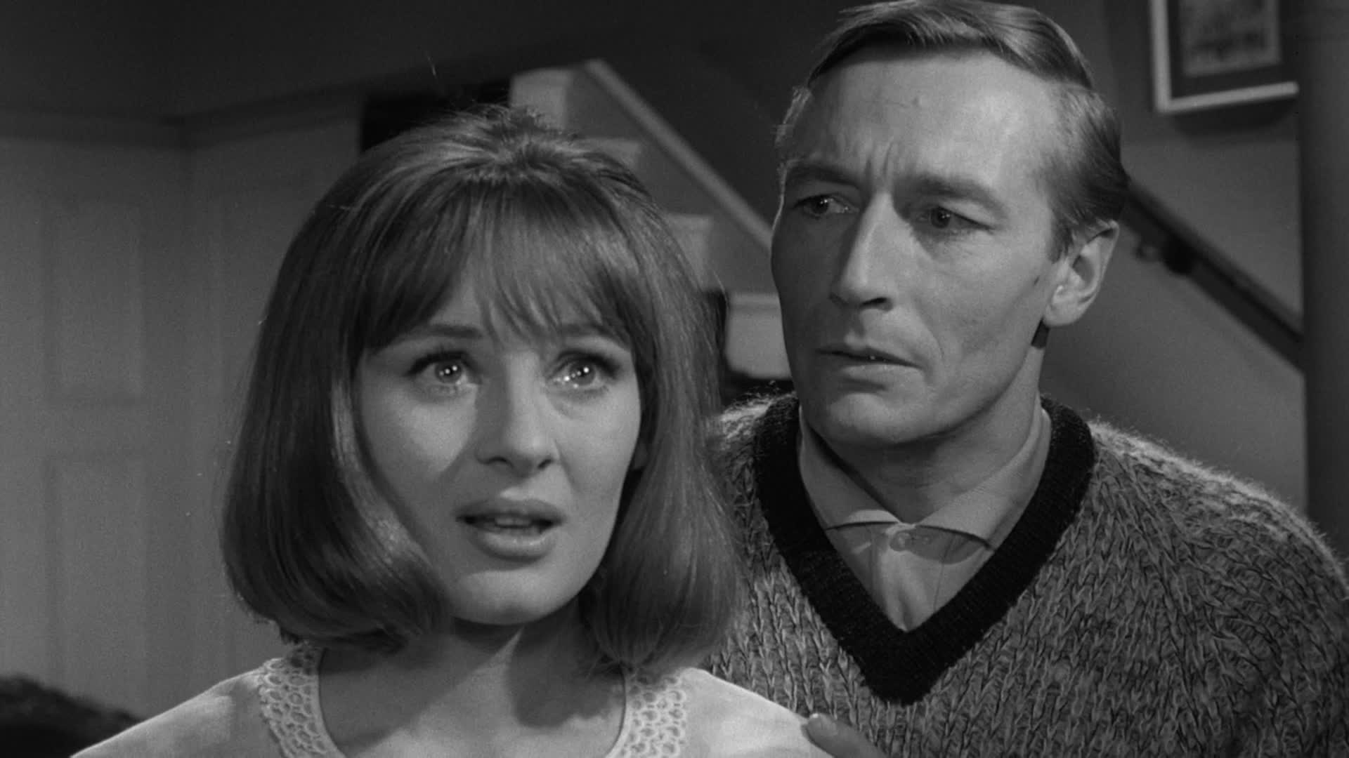 John Neville realises that his wife Gabriella Lundi may be an alien in Unearthly Stranger (1963)