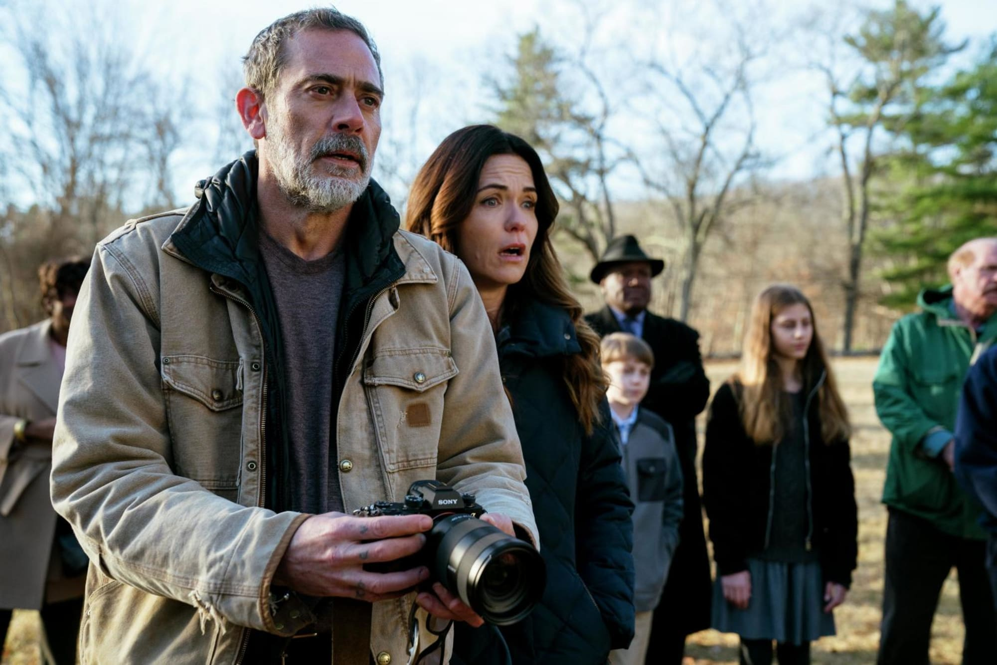 Jeffrey Dean Morgan and Katie Aselton witness a miracle in The Unholy (2021)