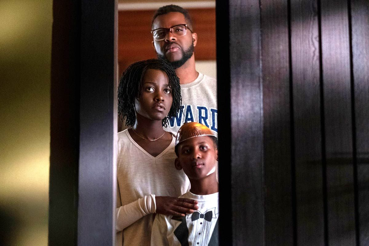 A regular family - (top to bottom) Wilson Duke, Lupita Nyong'o and Evan Alex - at siege in Us (2019)