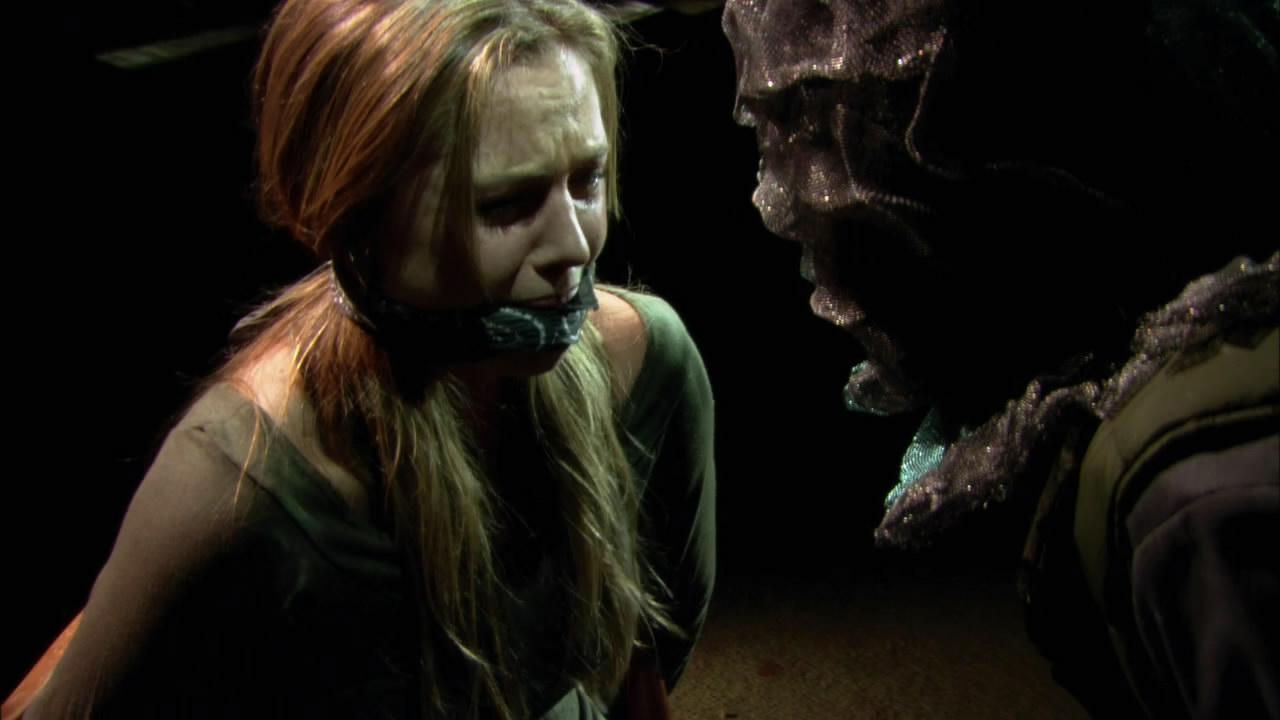 Agnes Bruckner held prisoner in the motel in Vacancy 2: The First Cut (2009)