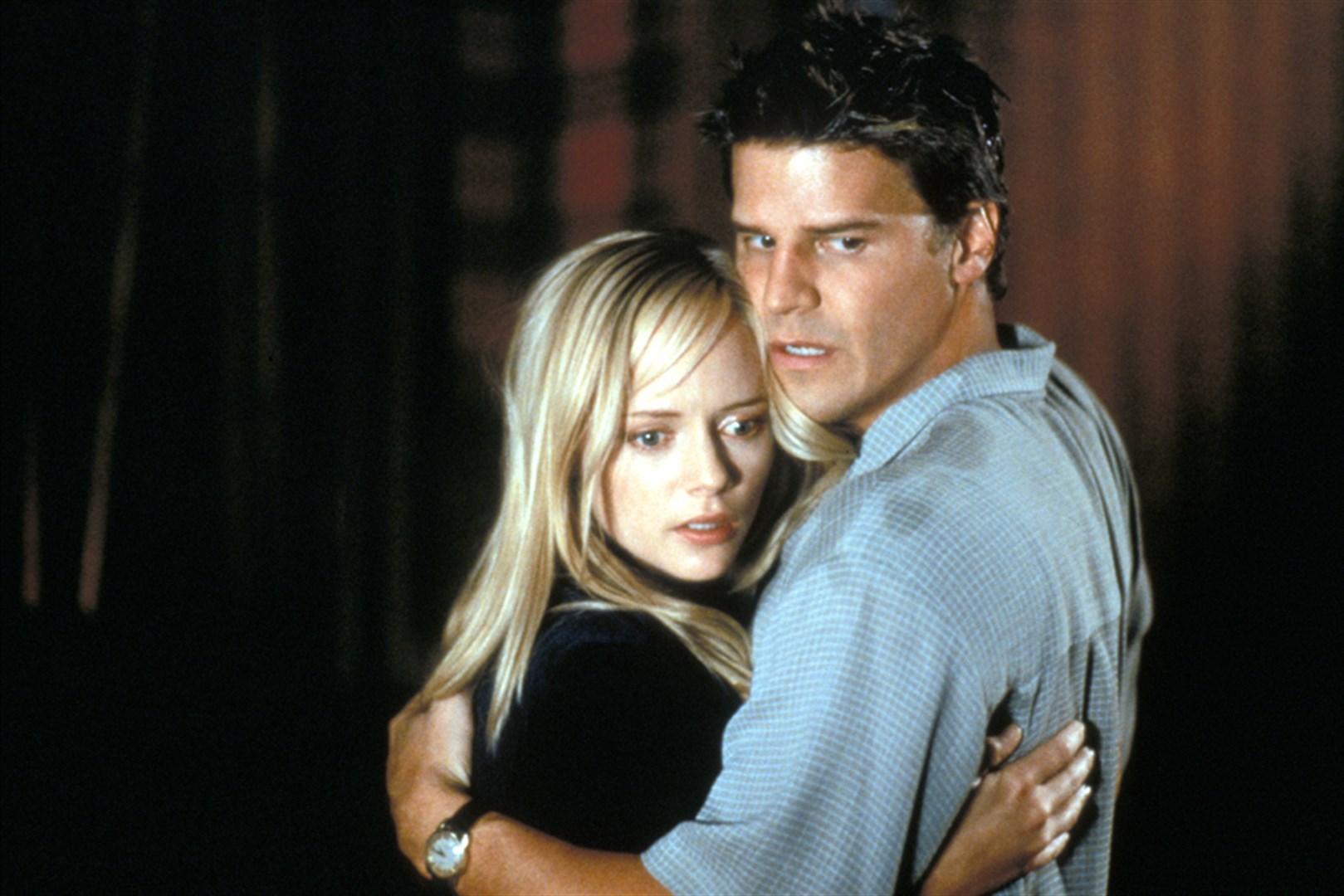 Marley Shelton and David Boreanaz in Valentine (2001)