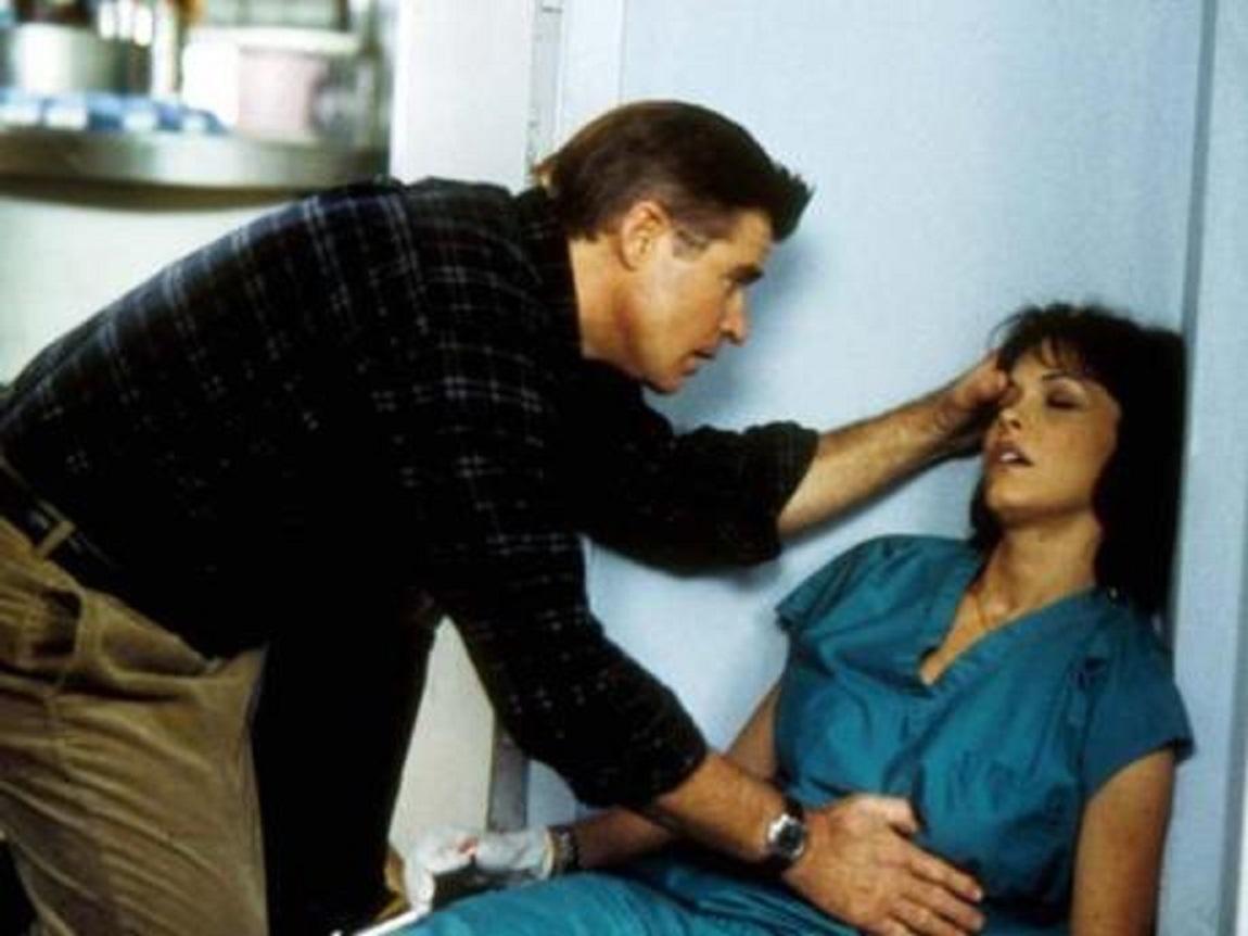 Treat Williams, Mary Page Keller in Venomous (2001)