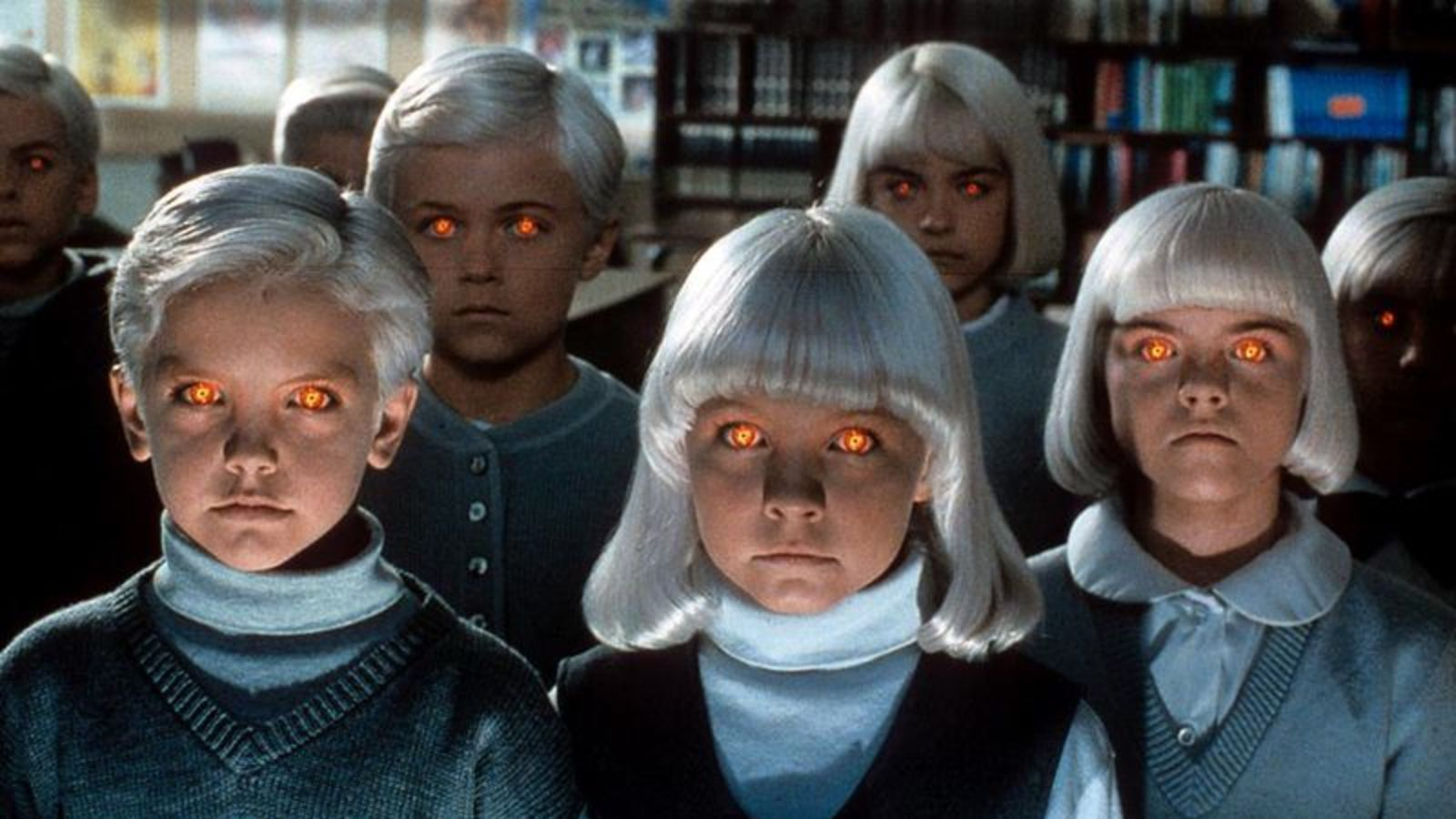 The children including Lindsay Haun and a young Thomas Dekker in Village of the Damned (1995)