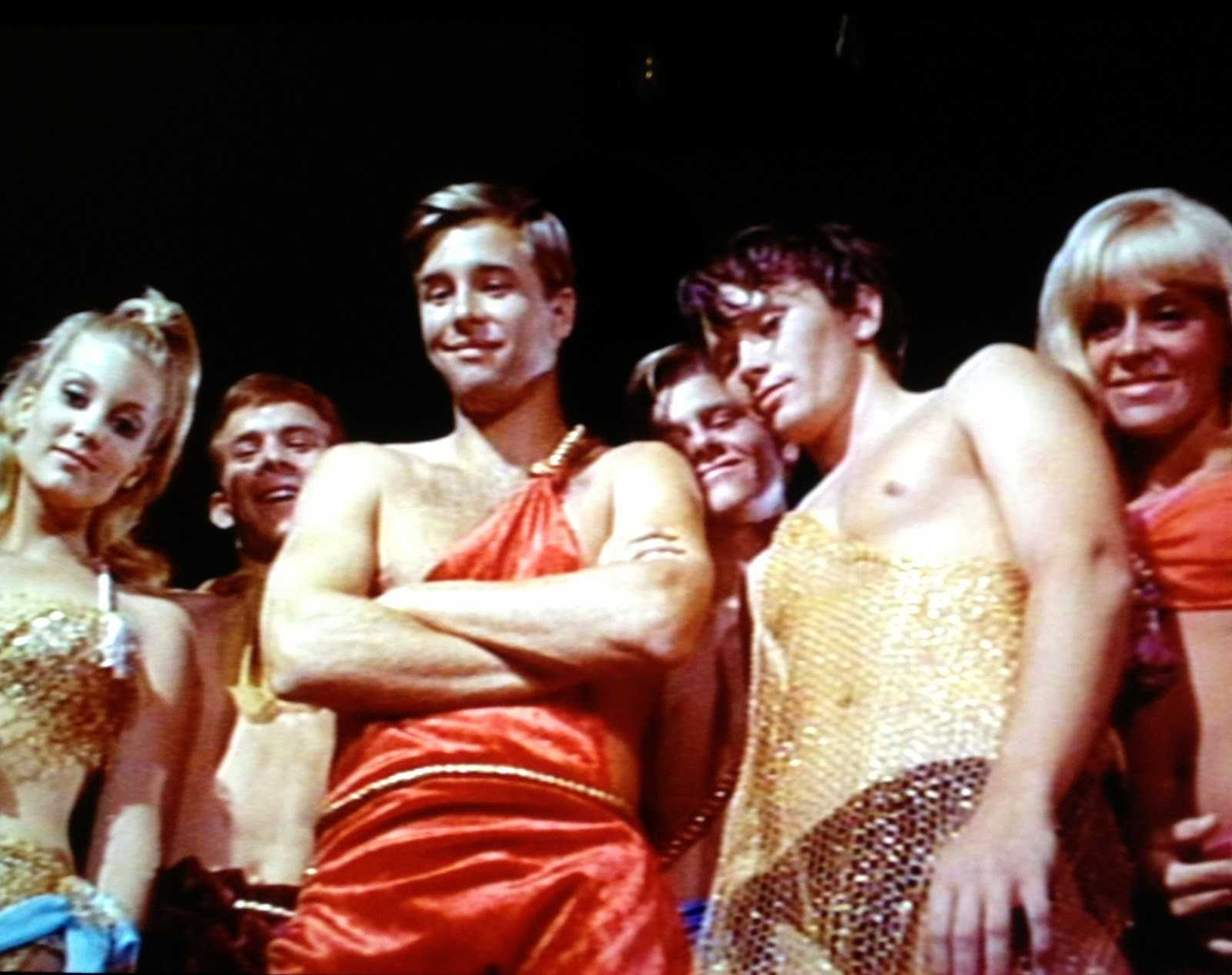Giant teenagers - (l to r) Tisha Sterling, Beau Bridges, Bob Random and Joy Harmon in Village of the Giants (1965)
