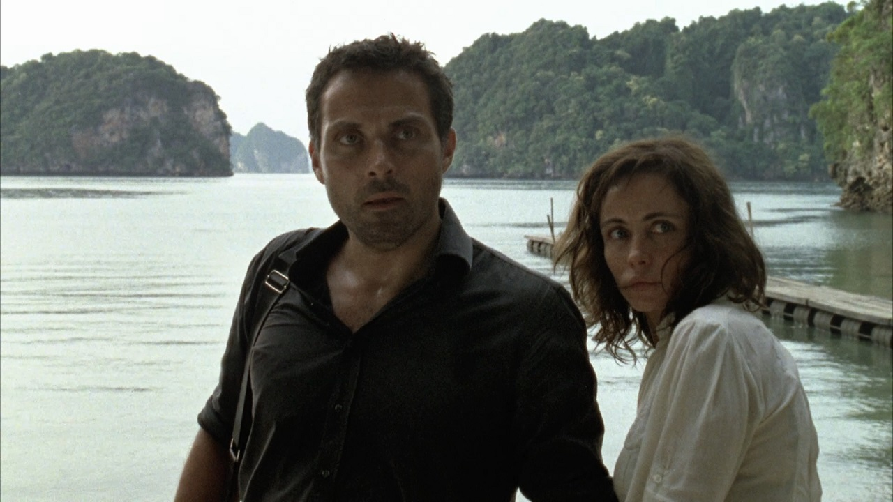 Rufus Sewell and Emmanuelle Beart in Thailand in Vinyan (2008)
