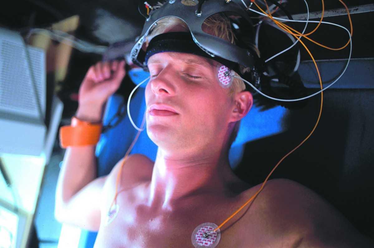 Rupert Penry-Jones as Jake in Virtual Sexuality (1999)