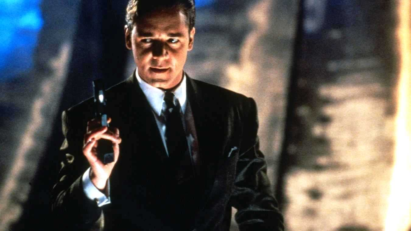 Russell Crowe as the android serial killer SID 6.7 in Virtuosity (1995)