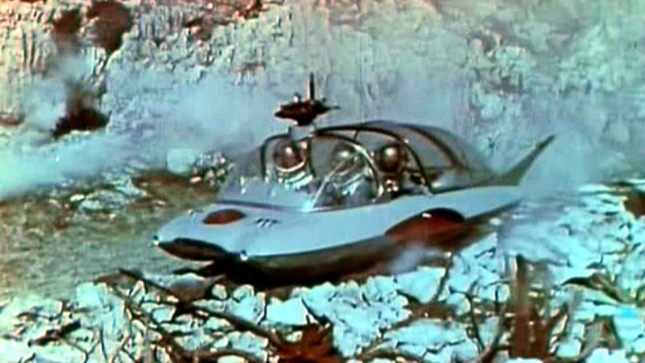 The flying car in Voyage to the Prehistoric Planet (1965)