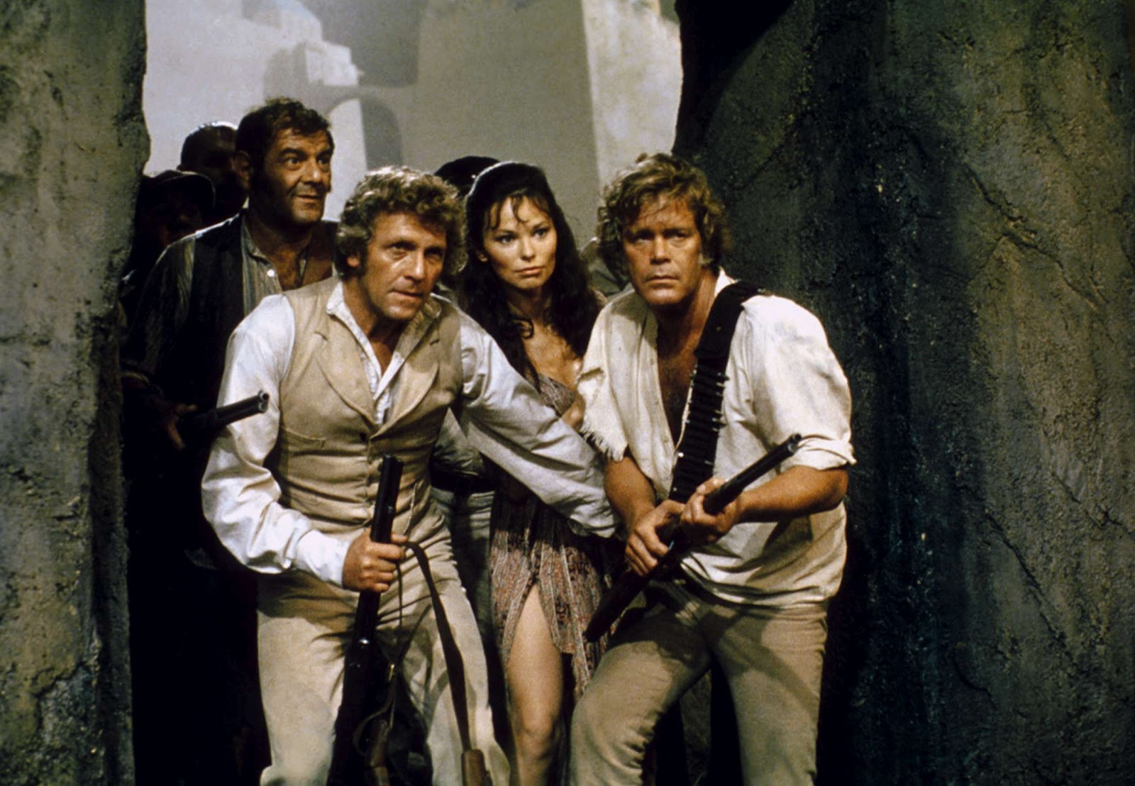 Exporers in Atlantis - Hal Galili, Peter Gilmore, Lea Brodie, Doug McClure in Warlords of Atlantis (1978)