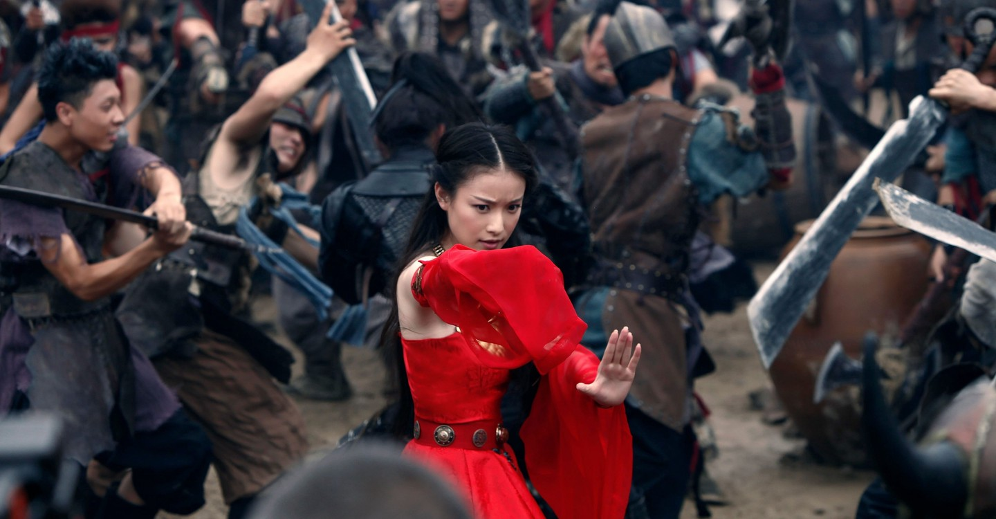 Ni Ni in the midst of combat in The Warrior's Gate (2016)