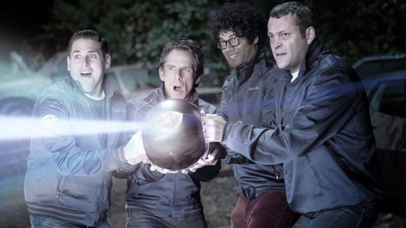 Jonah Hill, Ben Stiller, Richard Aoyade and Vince Vaughn with the alien orb in The Watch (2012)