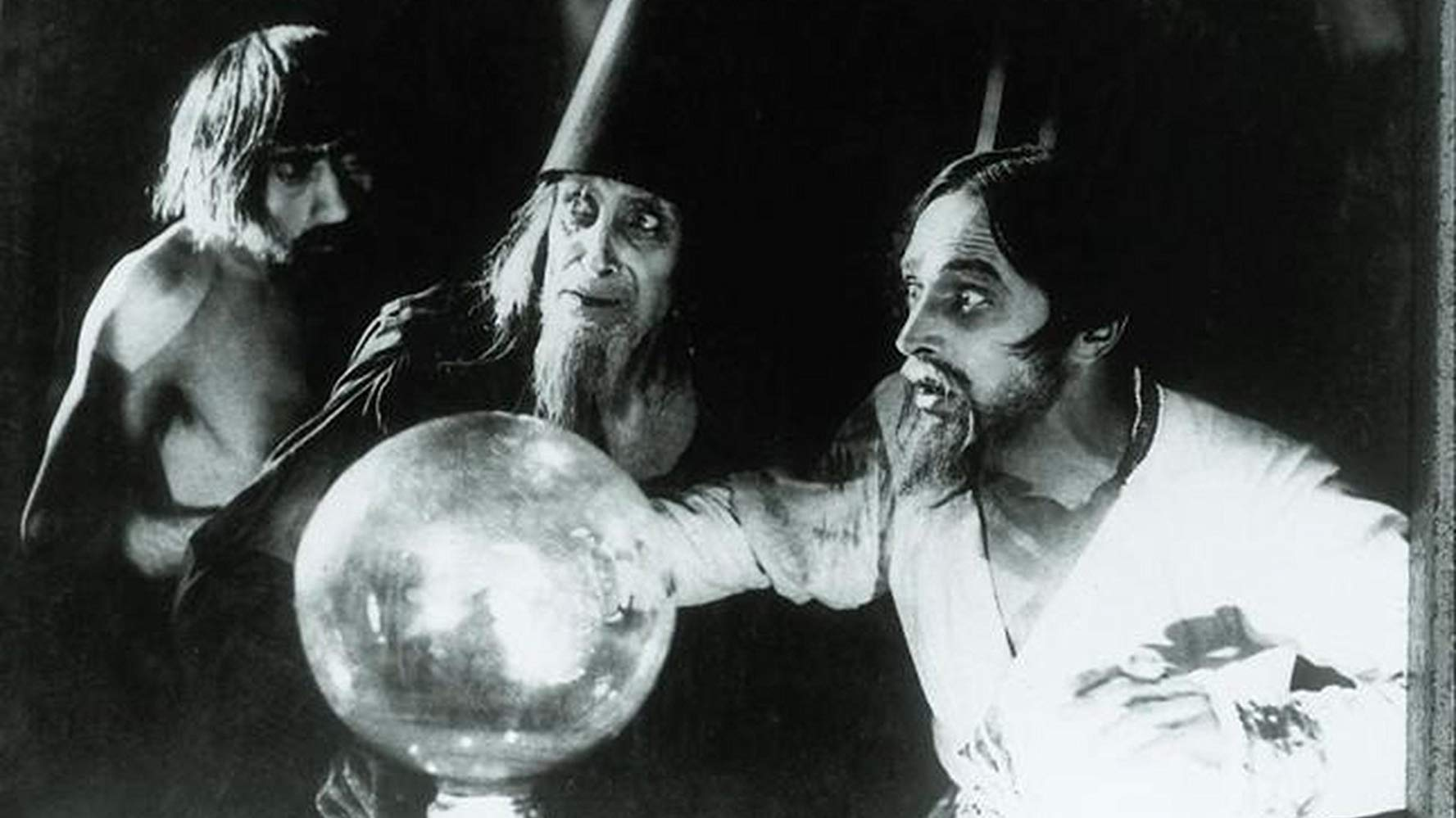 Conrad Veidt as Ivan the Terrible in Waxworks (1924)