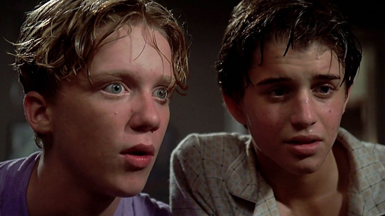 Nerds (l to r) Anthony Michael Hall and Ilan Mitchell-Smith in Weird Science (1985)